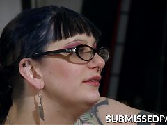 Inked MILF slaps ass before hardcore waxing session