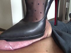 Louboutin shoejob
