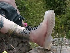 Punk Girls Have Stinky Feet (Musicvideo)